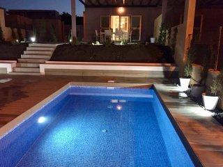 DREAMS VILLA...HEATED PRIVATE POOL, Stunning Ocean & Golf course views...Wifi. - Caleta de Fuste vacation rentals