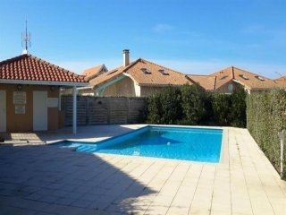Beautiful House with Balcony and Parking - Biscarrosse vacation rentals