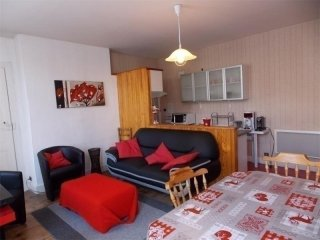 Comfortable 2 bedroom Apartment in Bagneres-de-Luchon - Bagneres-de-Luchon vacation rentals