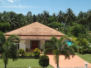 Beautiful House with A/C and Parking Space - Hua Hin vacation rentals