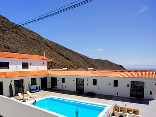Awesome Villa in Los Gigantes with Palm Garden Overlooking Atlantic Ocean - Los Gigantes vacation rentals