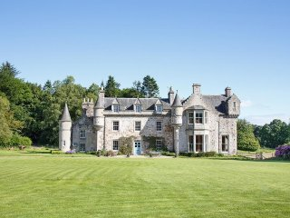 Historic Scottish Castle self catering exclusive hire - Wartle vacation rentals