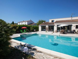 Colombet Stay's - Villa avec piscine MUDAISON - Mauguio vacation rentals