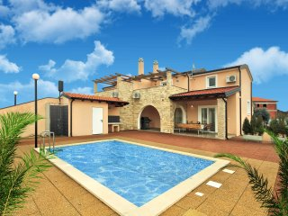 New listing! Exquisite villa with large-sized pool - Kastel vacation rentals