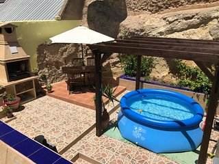 Beautiful Townhouse in Inland Spain for a Perfect Holiday Rental - Sax vacation rentals