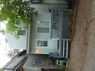 Modern 3 bedroom, 2 bath house, 1/4 mile to beach - Old Orchard Beach vacation rentals