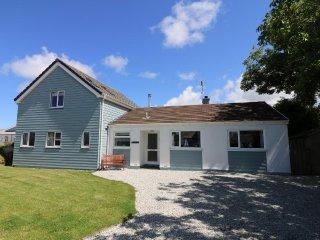 PENHAVEN detached two storey clapperboard style house sleeps ten in five - Saint Gennys vacation rentals