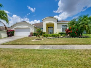 Cozy 4 bedroom 3 bath Highlands Reserve home w/ private pool from $163 a night - Orlando vacation rentals