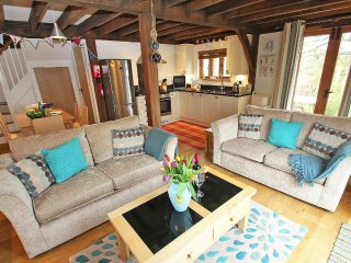 CHY AN DOUR pets welcome, WiFi, near north Cornwall coast, REF 959775 - Davidstow vacation rentals