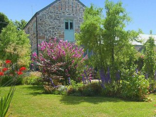 ELDERTREE is a converted barn, enclosed garden, close to the beach, near Praa - Germoe vacation rentals