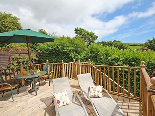 PALM LODGE contemporary lodge with sea view from raised deck, fresh open plan - Praa Sands vacation rentals