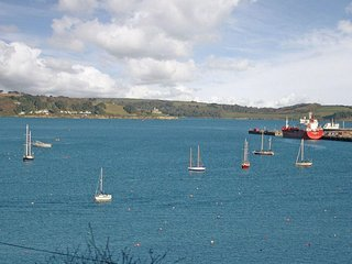 SEABIEN Seaview, WiFi, short walk to town centre, in Falmouth Ref xxxx - Flushing vacation rentals