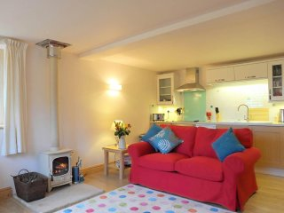 PLUM COTTAGE woodburner, walk to two pubs in Colebrooke, Ref 959521 - Yeoford vacation rentals