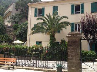 Tranquil village apartment in Venaco, Upper Corsica - sleeps 4 - Venaco vacation rentals