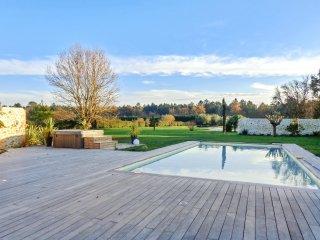 Elegant villa with private pool - Saint-Germain-d'Esteuil vacation rentals