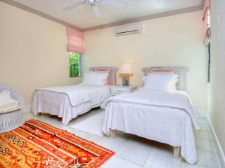 Wonderful 2 bedroom Villa in Fitts - Fitts vacation rentals