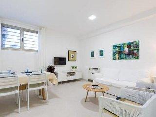 2 bedroom Apartment in Arinaga, Gran Canaria, Spain : ref 2395691 - Playa de Arinaga vacation rentals
