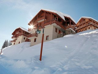 1 bedroom Apartment in Vars, Southern Alps, France : ref 2084690 - Vars vacation rentals