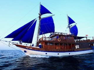 5 bedroom Yacht with A/C in Sorong - Sorong vacation rentals