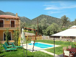 Bright House with Internet Access and Television - Milopotamos vacation rentals