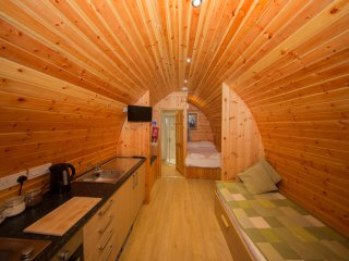 Glamping Pod (sleeps up to four people) - East Huntspill vacation rentals