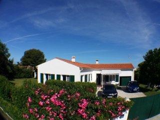 villa jardin espace island of Ré st clement - Clement des Baleines vacation rentals