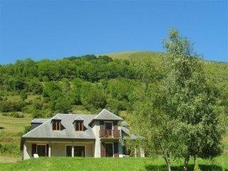 4 bedroom House with Television in Castillon-de-Larboust - Castillon-de-Larboust vacation rentals