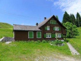 4 bedroom House with Internet Access in Ebnat-Kappel - Ebnat-Kappel vacation rentals