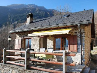 Bright Leontica vacation House with Internet Access - Leontica vacation rentals