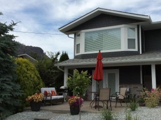 Perfect Kelowna Apartment rental with Deck - Kelowna vacation rentals