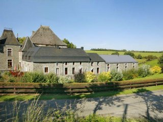 Bright House with Private Indoor Pool and Sauna in Sainte-Ode - Sainte-Ode vacation rentals