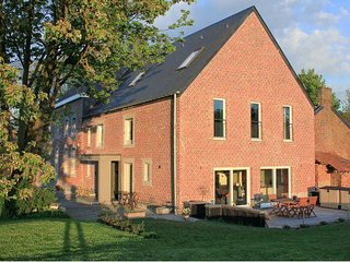 7 bedroom House with Internet Access in Waremme - Waremme vacation rentals