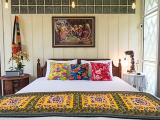 Phuttal Residence Double Room River View - Ayutthaya vacation rentals