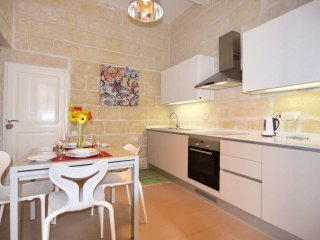 Comfortable House with Internet Access and A/C - Floriana vacation rentals