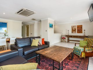 Home Away From Home - Byron Bay - Byron Bay vacation rentals