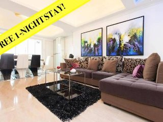 TICKTOCK *YAU MA TEI*LOCATION*MTR*BALCONY*QUIET *4bed3bath - Hong Kong vacation rentals