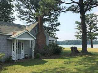 Charming Rustic Waterfront Home with Spectacular Views - Lottsburg vacation rentals