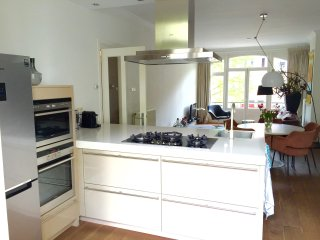 2 bedroom apartment 12 min. walk from the DAM square - Amsterdam vacation rentals