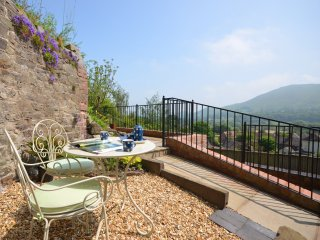 Perfect 2 bedroom All Stretton House with Internet Access - All Stretton vacation rentals