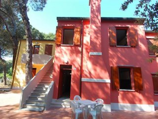 Comfortable Condo with Balcony and Parking - Rosolina vacation rentals