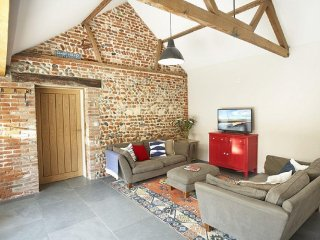 Beautiful Barn with Internet Access and Satellite Or Cable TV - Ridlington vacation rentals