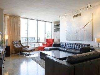 3 bedroom Apartment with Internet Access in Herzlia - Herzlia vacation rentals