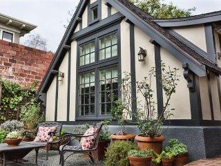 Bright 1BR Cottage in the Heart of Berkeley - Berkeley vacation rentals