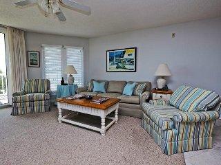 Vacation rentals in Litchfield Beach