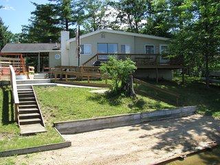 Strange Vacation Rentals Cabins In Michigan Flipkey Download Free Architecture Designs Griteanizatbritishbridgeorg
