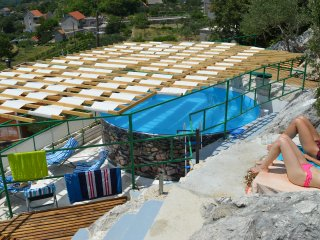 Vacation rentals in Omis