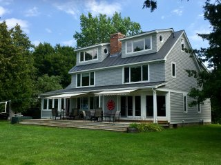 Vacation rentals in South Hero