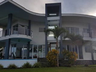 Vacation Rentals & House Rentals in Costa Rica   FlipKey on icelandic house plans, bahamian house plans, nigerian house plans, german house plans, peruvian house plans, welsh house plans, italian house plans, indian house plans, panamanian house plans, spanish house plans, mexican house plans, ghanian house plans, canadian house plans, polish house plans, moroccan house plans, hungarian house plans, dutch house plans, honduran house plans, belgian house plans,