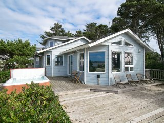 Oregon Coast Vacation Rentals | Cabin Rentals on the Oregon ... on palm springs mobile home, victoria mobile home, oregon coast single family home, long island mobile home, phoenix mobile home, mobile mobile home,