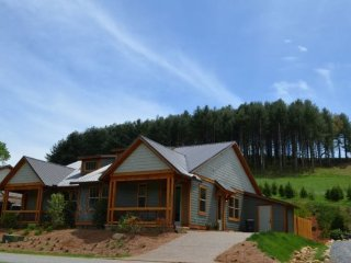 Vacation Rentals & Cabins in Cullowhee | FlipKey